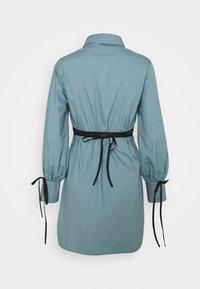 Missguided - TIE WRAP DETAIL DRESS - Košilové šaty - baby blue - 1