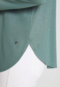 Betty & Co - Long sleeved top - sagebrush green - 4
