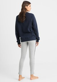 Tommy Hilfiger - LEGGING - Pyjama bottoms - grey - 2