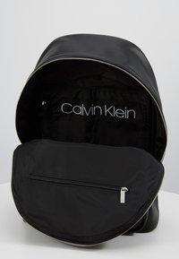 Calvin Klein - PUNCHED ROUND  - Rucksack - black - 4