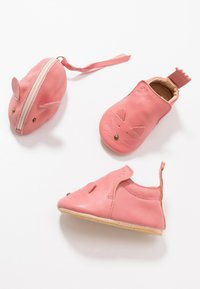 Easy Peasy - CHAT/SOURIS GIFT SET - First shoes - rosy - 6