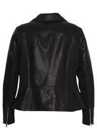 Forever New Curve - GLAM BIKER JACKET - Faux leather jacket - black - 1