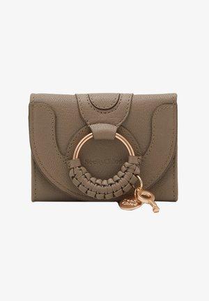 Hana small wallet - Portfel - motty grey