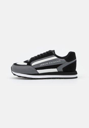 Sneakers laag - black/grey/offwhite