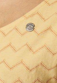 Ragwear - TAG CHEVRON - Žerzejové šaty - yellow - 4