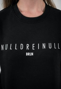 PLUSVIERNEUN - BERLIN - Sweatshirt - black - 9