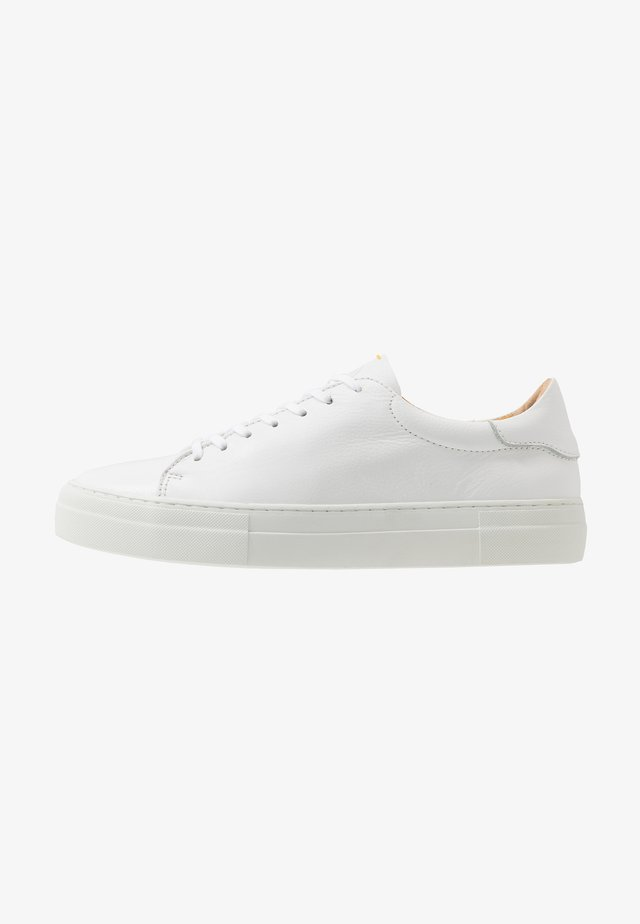 SLAMMER - Trainers - white