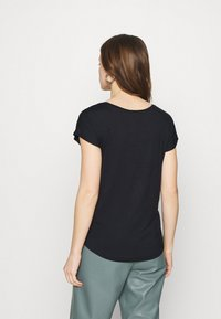 Zign - 2 PACK - T-shirt basic - black/white - 2
