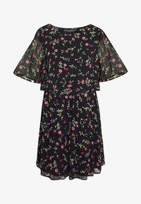 FLORAL TRIPLE TIER SHORT SLEEVE DRESS - Denní šaty - black