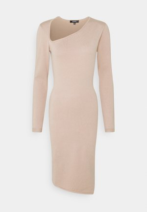 ASYMMETRIC NECK AND HEM MIDI DRESS - Vestido de punto - pink