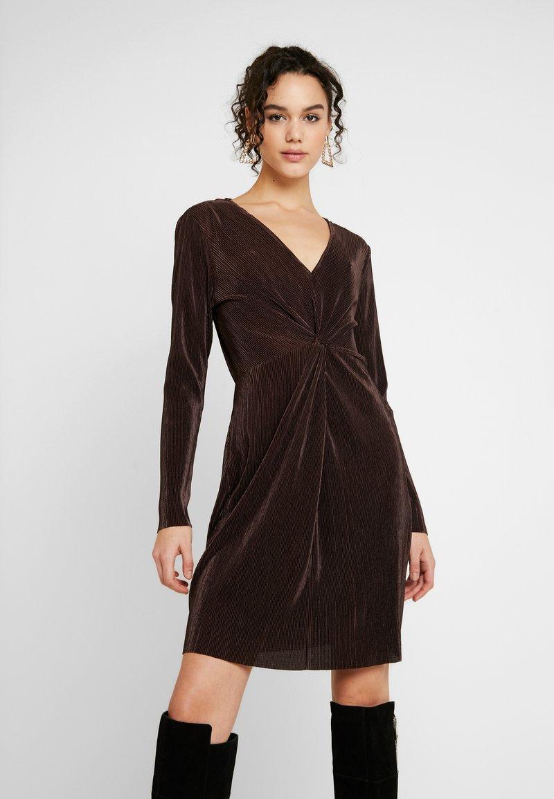 Gina Tricot - PLEATED DRESS - Day dress - java