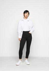 Topshop Petite - JAMIE - Jeans Skinny Fit - pure black - 1