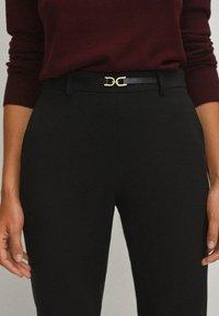 Massimo Dutti - Spodnie materiałowe - black - 3