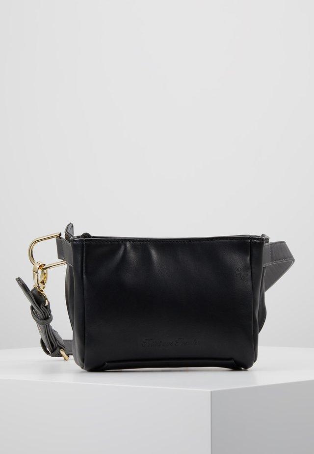 EMIA - Bæltetasker - black