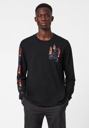 STINGER LS CREW - Print T-shirt - black