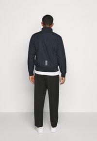 EA7 Emporio Armani - GIUBBOTTO - Light jacket - night blue/silver - 2