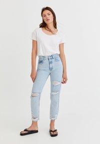 PULL&BEAR - Straight leg jeans - mottled royal blue - 1
