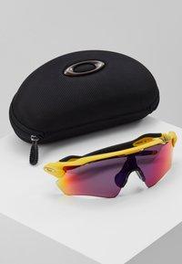 Oakley - RADAR  - Sports glasses - yellow - 3
