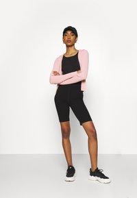 Weekday - LUELLA HOOD - Zip-up sweatshirt - pink medium - 1