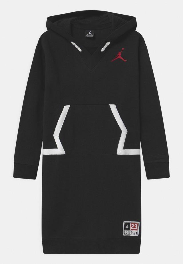 SHE GOT GAME  - Sportskjole - black/gym red
