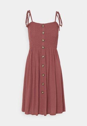 ONLANNIKA SMOCK DRESS - Vestido informal - apple butter