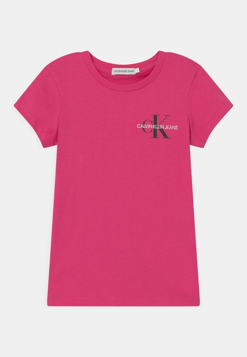 Calvin Klein Jeans - CHEST MONOGRAM - Camiseta básica - pink