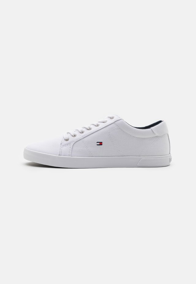 ICONIC LONG LACE  - Zapatillas - triple white