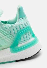 adidas Performance - ULTRABOOST CC_1 DNA  - Zapatillas de running neutras - clear mint/acid mint - 5