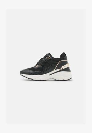THALIRI - Sneakers laag - black