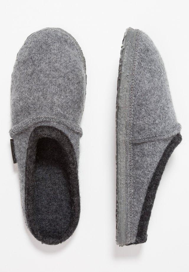 GIPFEL - Domácí obuv - schiefer