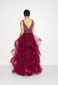 Luxuar Fashion - Vestido de fiesta - weinrot - 2
