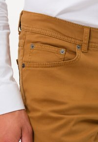 BRAX - STYLE COOPER FANCY - Straight leg jeans - curry - 3