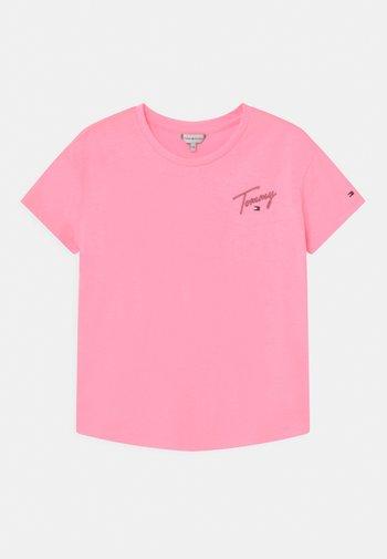 Print T-shirt - cotton candy