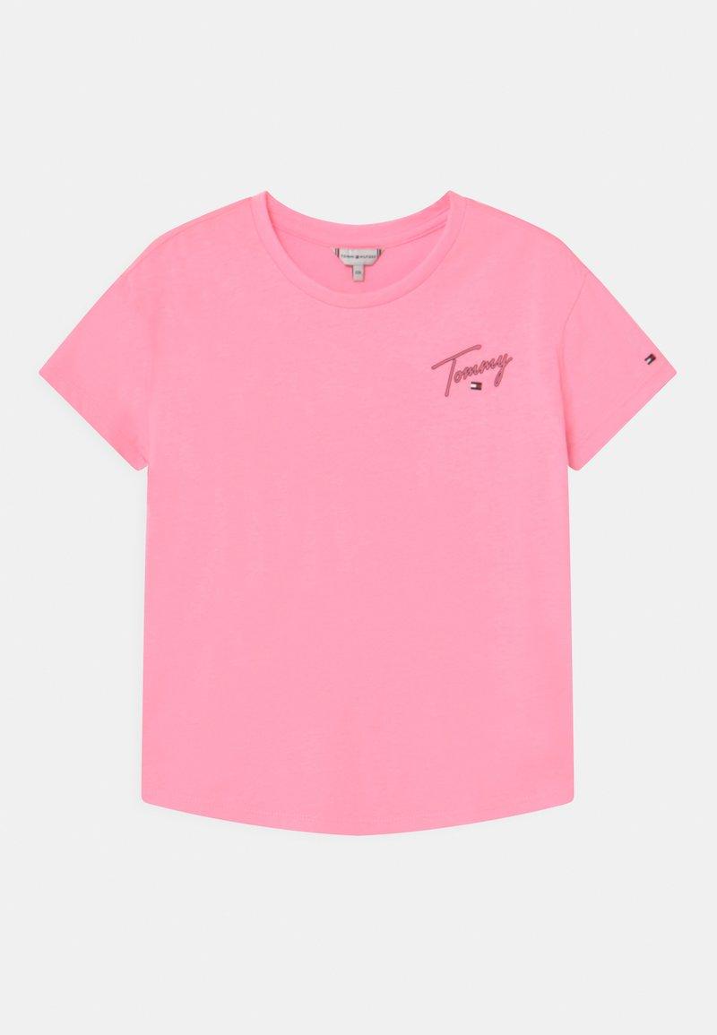 Tommy Hilfiger - T-shirt z nadrukiem - cotton candy