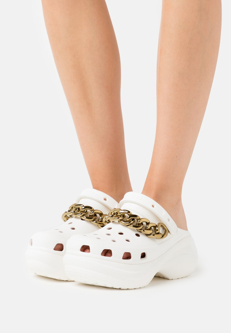 Crocs - CLASSIC  - Heeled mules - white/gold