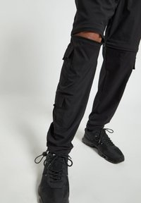 PULL&BEAR - Cargo trousers - black - 5