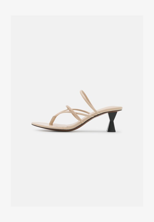 PEARLINA - Pantofle na podpatku - ecru