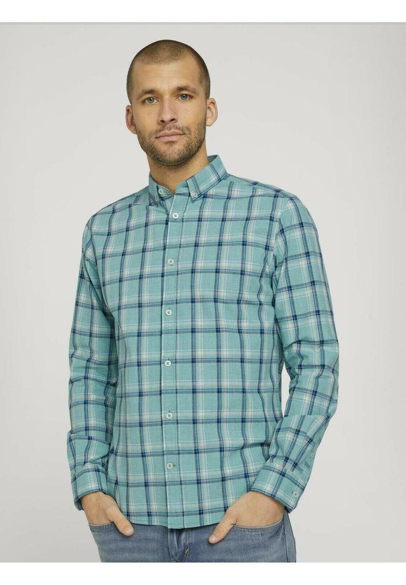 TOM TAILOR - Shirt - green space yarn check