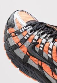 Nike Sportswear - P-6000 - Sneakers - total orange/black/anthracite/flat silver - 8