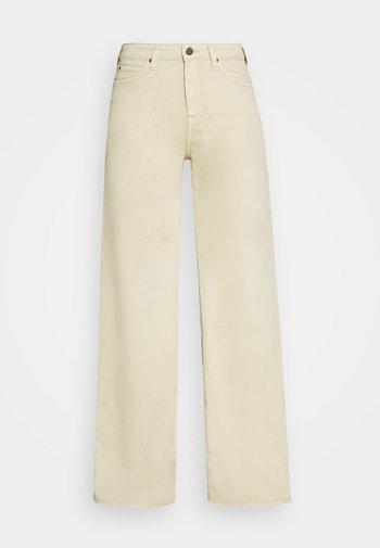 STELLA A LINE - Jeans a zampa - sand