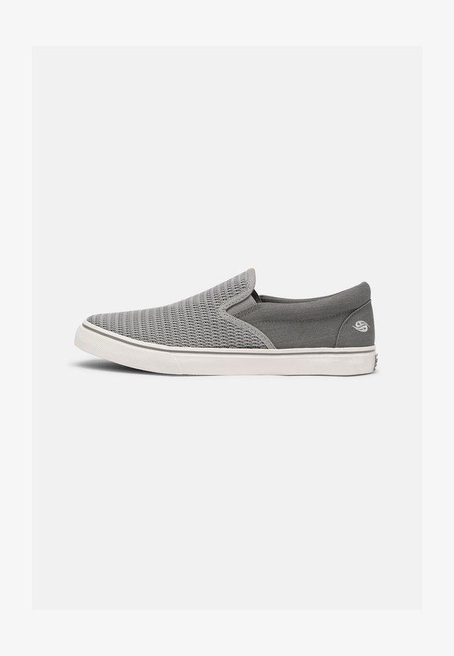 TORONTO - Sneakers laag - grau