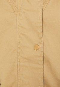 Marc O'Polo - CAPE FIX HOOD - Short coat - sandy beach - 2