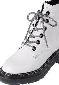 Tamaris - Platform ankle boots - white/black - 5