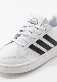 adidas Originals - TEAM COURT - Slip-ons - footwear white/core black - 2