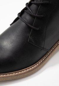 HUB - TOMAR - Kotníková obuv - black - 2