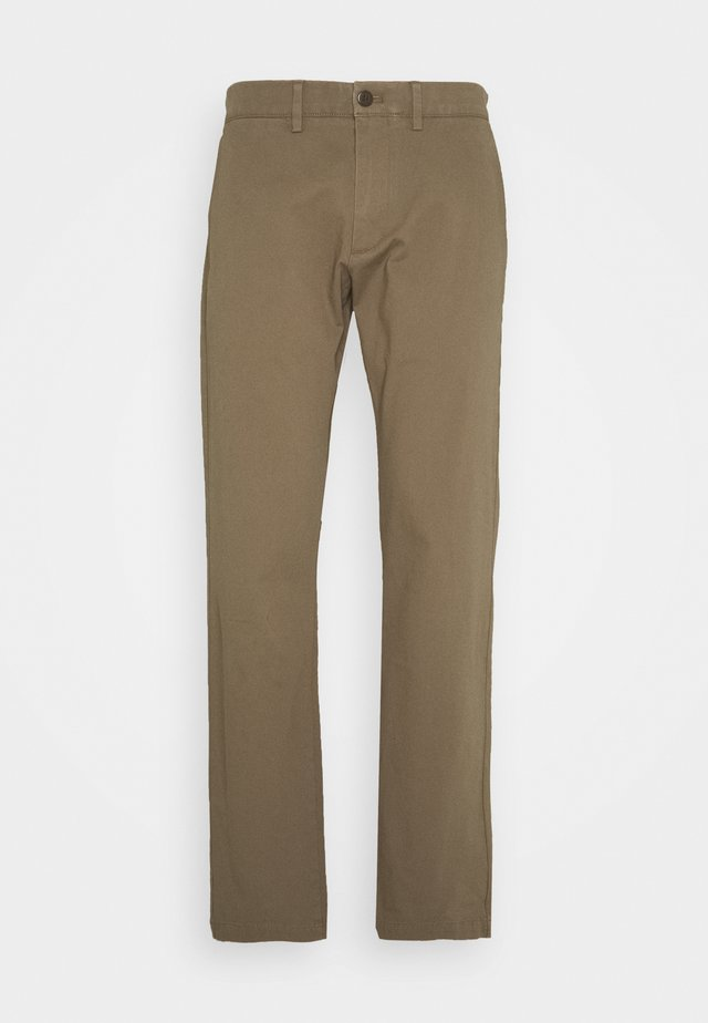 SMART FLEX - Chinos - brownstone