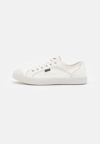 PALLAPHOENIX II UNISEX - Sneaker low - star white
