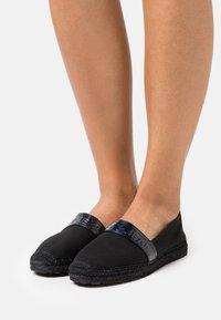 Tommy Jeans - IRIDESCENT BRANDING  - Espadrilles - black - 0
