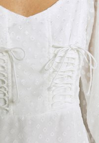 Missguided - DOBBY CORSET LONG SLEEVE DRESS - Day dress - white - 6