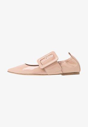 Ankle strap ballet pumps - rose